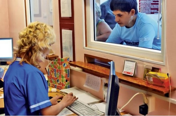 Электронные медицинские карты во всех стационарах и поликлиниках Минска появятся к 2015 году