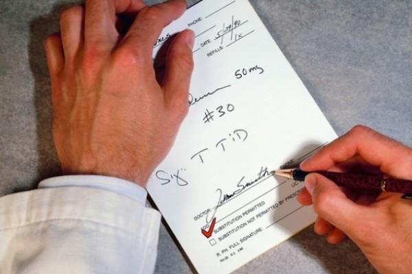 С 1 июля граждане без рецепта смогут купить более 60% лекарств - Минздрав